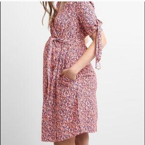 GAP Maternity Tie-Sleeve Wrap Dress